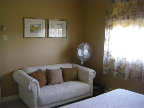 Sitting Area - Suite II